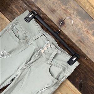 Women's YMI Mid Rise Jeans Size 7